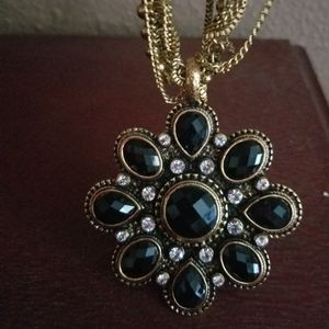 Amrita Singh Pendant Necklace